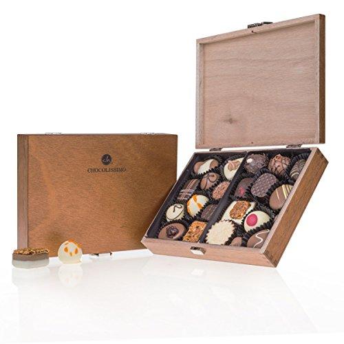 ChocoClassic - 20 Luxus Pralinen | in einem Holzkästchen | Geschenke für erwachsene | besondere Schokolade | keine Konservierungsstoffe | aus erlesenen Zutaten | Geschenkidee Frau Mann