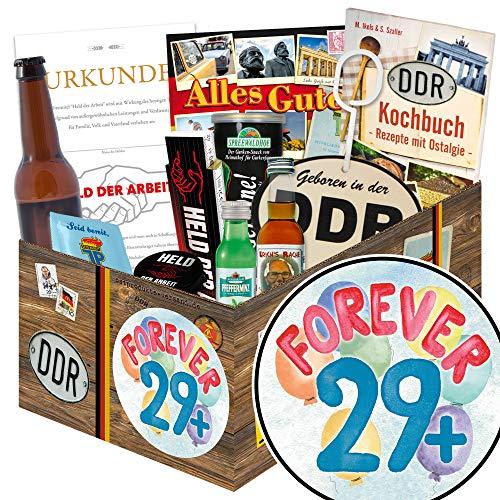 Forever 29 + / Männer Box Ostalgie / Geschenk für Freundin zum 30. Geburtstag