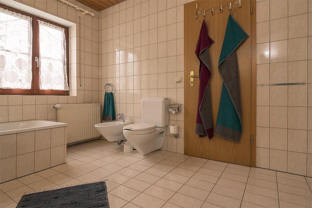 Badezimmer Ferienwohnung Urlaub günstig mieten buchen Fewo direkt