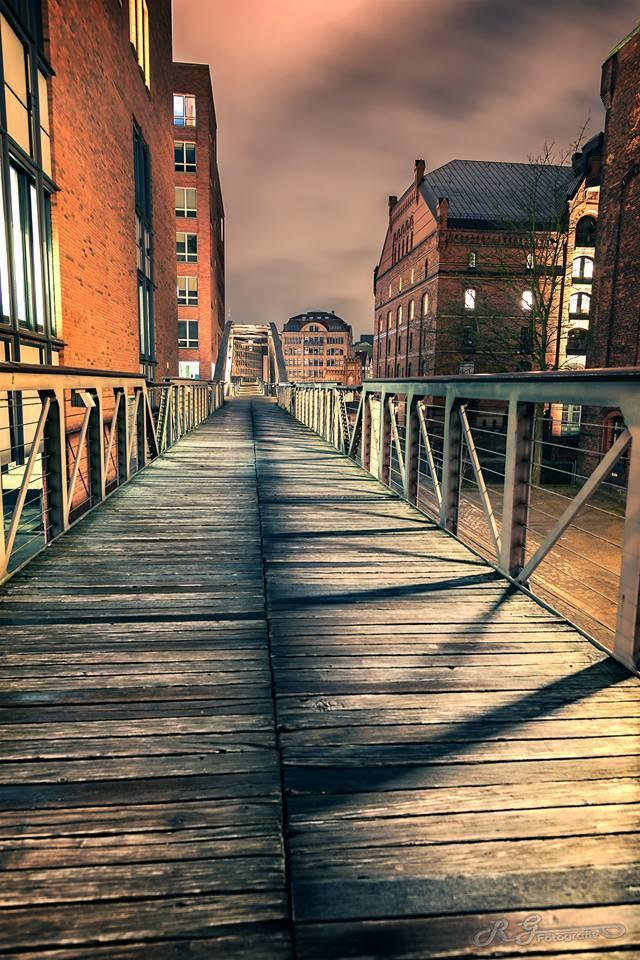 Speicherstadt in Hamburg. Landschaftsbild Bild Fotografie günstig online kaufen