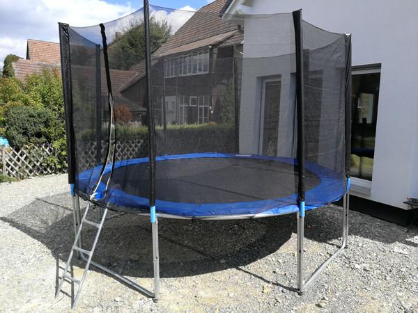 trampolin g nstig kaufen gartentrampolin minitrampolin. Black Bedroom Furniture Sets. Home Design Ideas